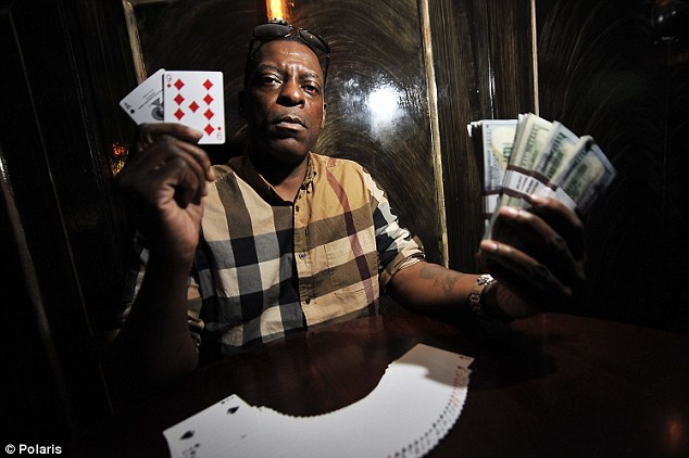 Poker cash slot hyde