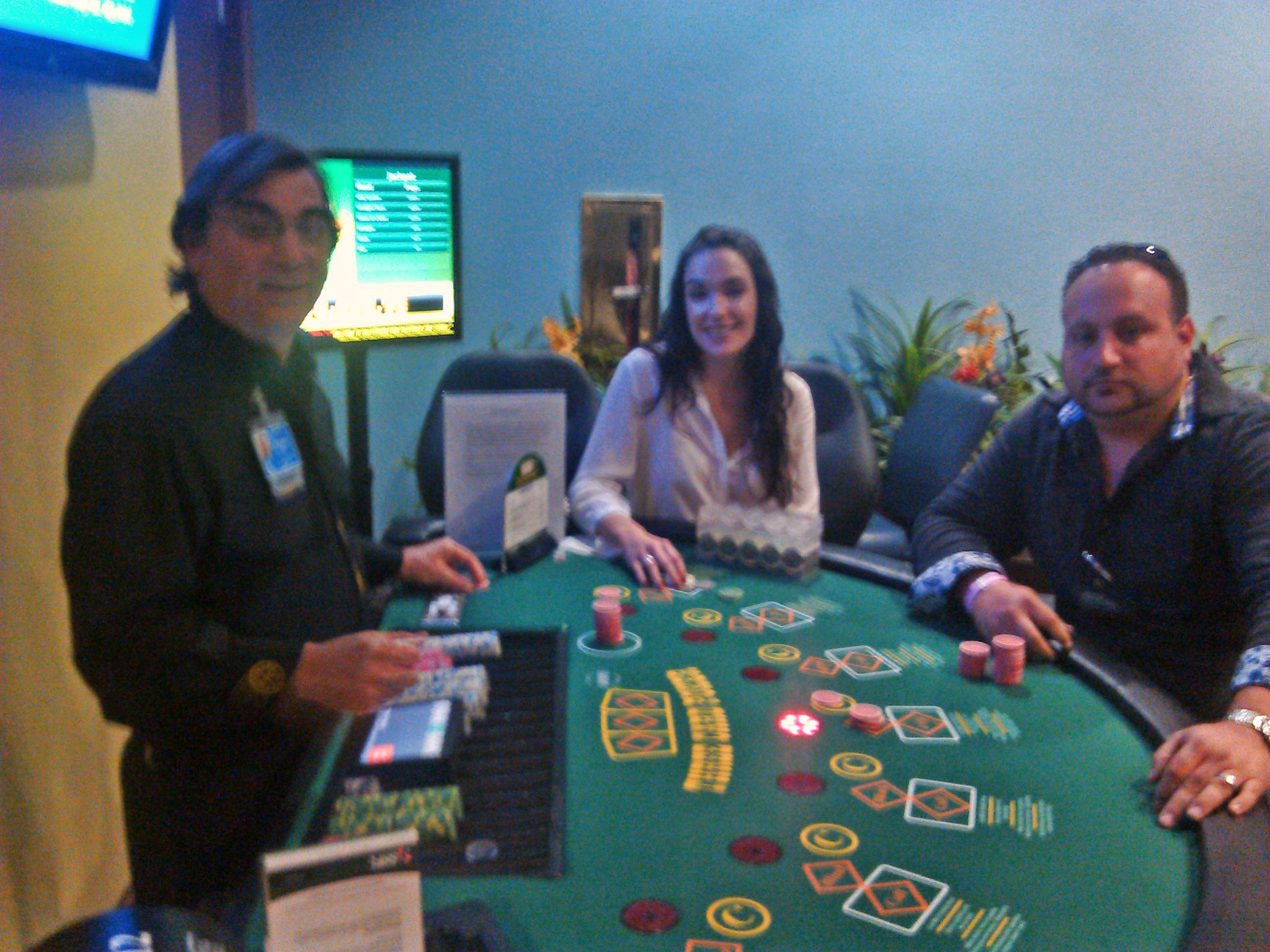 Three card poker Chance barón